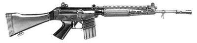 5,56-мм автоматическая винтовка FN СAL (с постоянным пластмассовым прикладом)