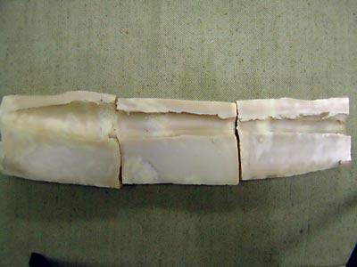 Временная пульсирующая полость из желатинового блока, имитирующего человеческий организм, после стрельбы из пистолета «Кольт» М 1911А1