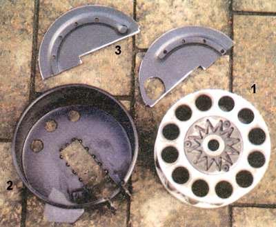 Детали барабанного магазина: 1 - блок патронников. 2 - корпус барабана, 3 - разрезная крышка барабана