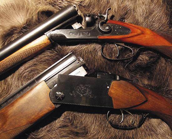 ВСЕМУ СВОЕ ВРЕМЯ... ТОЗ-БМ — легенда советской оружейной промышленности. Самое популярное ружье 1960-х гг. Долгие годы эти отличные ружья служили верой и правдой охотникам, стали символом ТОЗа. Но настала пора смены поколений. «Вертикалки» стремительно приобретали популярность, и на ТОЗе было начато их производство. Не суждено было стать знаковой самой известной «вертикалке» ТОЗа «тридцатьчетверке» — хорошее ружье, но не совершенство. Просто модель, которая появилась вовремя. Долгое время ТОЗ не предлагал ничего нового, довольствуясь выпуском ТОЗа-34. И вот появилось ТОЗ-200, конструкция несколько неожиданная, новаторская для ружей подобного класса. Интерес к ружью был огромен, и при нормальной работе завода популярность, равная БМ, была бы ему обеспечена