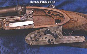 Подкладной замок типа сайдлок характерен тем, что все его части закреплены на отделяемой от ружья замочной доске