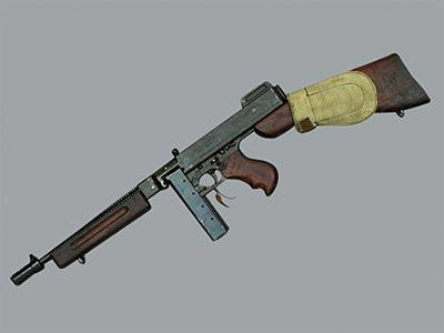 11,43-мм пистолет-пулемет «Томпсон» М.1928А1. Темп стрельбы - 600 - 725 выстр/мин; практическая скорострельность - одиночным огнем - 40 выстр/мин, автоматическим - 90 выстр/мин