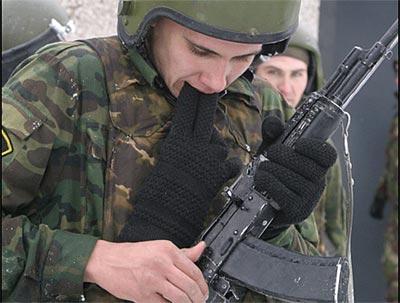 Устранение задержек, возникающих при использовании стрелкового оружия