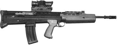 Английская штурмовая винтовка L85A1. Пожалуй, единственным неоспоримым ее достоинством был оптический прицел SUSAT