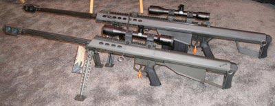 Винтовка Barrett M95 рядом с винтовкой Barrett M82A3