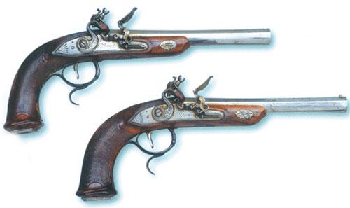 Пара пистолетов Ивана Аристова с кремневым замком, 1805–1815 гг.