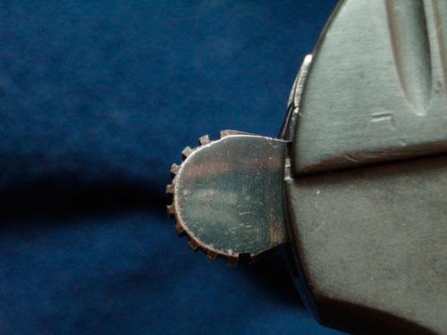 курки и спусковые крючки довоенных пистолетов ТТ имели отличную полировку и «отпуск в синий цвет»