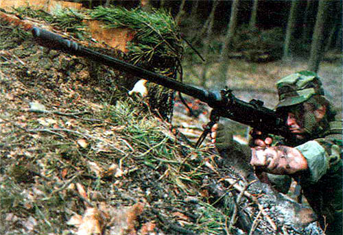 Конструктор усовершенствовал систему, создав целый комплекс оружия с широкой унификацией основных узлов и механизмов