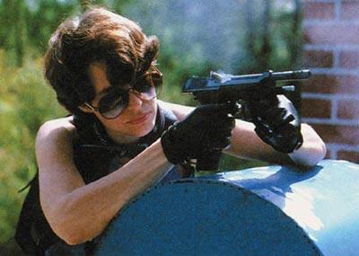 Экстракция стреляных гильз при стрельбе из итальянского автоматического пистолета «Беретта» R 93