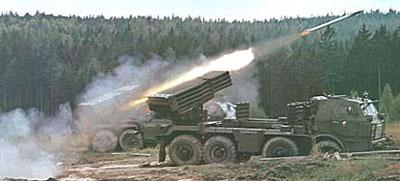Пуск реактивного снаряда системы Град. Базовая машина Tatra-813.