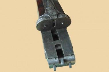 Колодка горизонталки H&H Royal с тройным запиранием блока стволов и взводителями в торцах