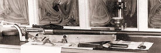 Винтовка С.Р. «Модель 2» калибра 12,7 мм в полуразобранном состоянии