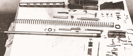 Пулемет «Модель 5» калибра 12,7 мм после полной разборки