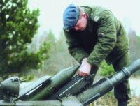 Заряжание ПТУР 9М14 «Малютка» БМП-1