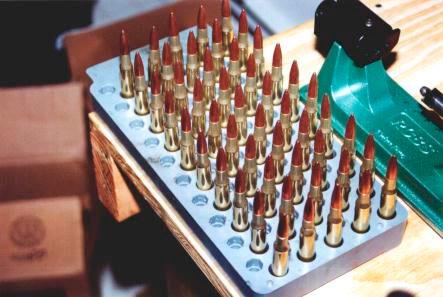 Всю группу снаряженных патронов необходимо сразу же пометить и подписать – типы компонент, геометрические размеры, навеска пороха....