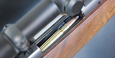 Компактный магазин 84М вмещает пять патронов, во время испытаний все пять подавались без проблем.