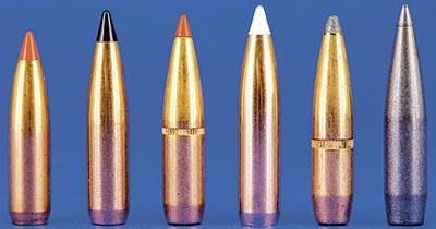 По своей природе семимиллиметровые пули не имеют особенных баллистических преимуществ, но оказывается, что для веса дичи наиболее распространённых видов они обладают замечательно высоким баллистическим коэффициентом. Слева направо: 140-грановая (9,07г) Nosler Ballistic Tip имеет баллистический коффициент 0,485, 150-грановая (9,72 г) Swift Scirocco – 0,515, 154-грановая (9,98 г) Hornady SST – 0,530, 160-грановая (10,37 г) Nosler AccuBond – 0,531, 162-грановая (10,50 г) Hornady SPBT – 0,514 и 162-грановая (10,50 г) Hornady SST/InterBond – 0,550.