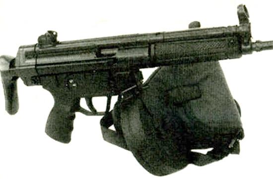 Дополнительная огневая мощь для МР5: модифицированный магазин барабанного типа от ППШ-41 вмещает 72 9-мм патрона «Парабеллум»