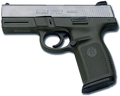 Smith & Wesson Sigma. Первая разработка компании в области пистолетов с полимерной рамкой (1994 год). Масса – 690–740 г в зависимости от модификации. С 2005 года выпускается его «наследник» – Smith & Wesson M&P
