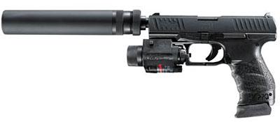 PPQ Navy «в полной экипировке»: с глушителем, ЛЦУ и фонарем. Данная модификация в каталоге фирмы обозначается как PPQ Navy SD