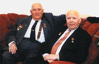 Создатели пистолета ГШ-18 — А.Г. Шипунов (слева) и В.П. Грязев (справа)