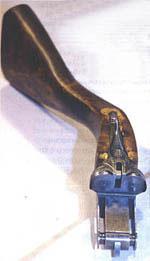 Рис. 1: Стрелки бывают леворукие и праворукие, разные и по росту, и по конституции. Приклад одного размера подходит не всем, а расстояние от спуска до затыльника - весьма приблизительный параметр, если сами стрелки имеют столь разные габариты.