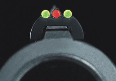 Прицел Stardot: красная мушка, зелёный целик с большой яркостью свечения обеспечивают быстроту контрастного прицеливания (фото Frankonia).