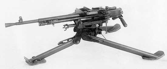 Пулемёт Никитина (ПН) в батальонном варианте (на станке конструкции Саможенкова и присоединёнными рукоятками управления огнём вместо приклада)