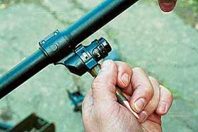 Переключение установок газового регулятора осуществляется с помощью патрона или гильзы