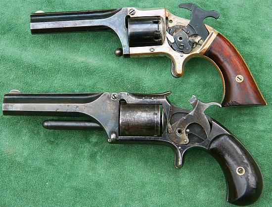 У револьвера «Коннектикут Армз» механизм более сложный, чем у «Смит-Вессона».