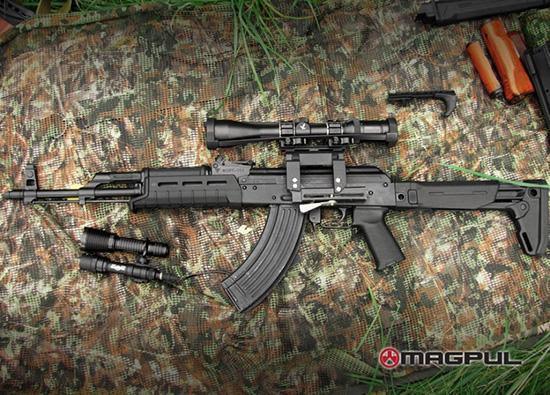 АКМ или АК-74