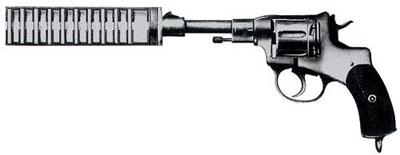 Бесшумный «Наган». Легендарный револьвер, состоявший на вооружении русской, а затем и советской армии почти полвека, мог комплектоваться глушителем «БраМит» конструкции братьев Митиных – с резиновыми шайбами с крестообразными прорезями.
