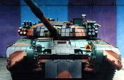 Танк Т-72 в камуфляже