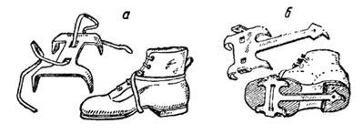 Четырехзубые кошки, которыми пользовались в годы Великой Отечественной войны советские горные стрелки: а — кошка могла крепиться к обуви ремнем; б — кошка могла крепиться к обуви наглухо