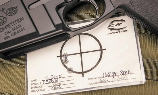Colt Competition гарантирует кучность своего оружия не хуже 1 МОА по  трем выстрелам матчевым патроном. С каждой винтовкой поставляется  заводская отстрелочная мишень