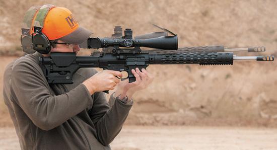 Эффективный дульный тормоз Colt Competition и продуманная конструкция  автоматики заметно снижают отдачу и увод ствола, что позволяет вести  более быструю прицельную стрельбу