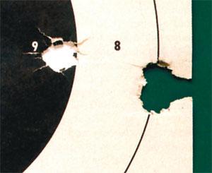 После ряда экспериментов со второй британской моделью брауншвейгского штуцера, автору удалось получить хорошую кучность на 50 метрах. Эта группа из трех выстрелов имеет разброс всего в 2 дюйма, в среднем разброс составлял 6 дюймов.