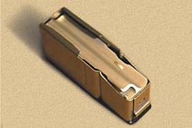 Подаватель патронов магазина модели 75 фрезерован, тогда как у большинства «одноклассников» он штампованный, либо литой из пластмассы