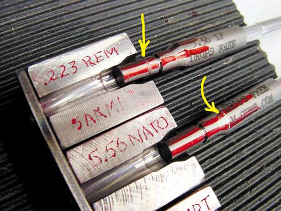 Главное отличие  патронников .223 Remington и 5,56 NATO состоит в разной длине пульного  входа