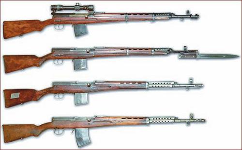 Сверху - вниз: Опытная винтовка Токарева 1936 года. Самозарялная винтовка Токарева  СВТ-38. Самозарядная винтовка Токарева СВТ-40. Автоматическая винтовка  Токарева АВТ-40.