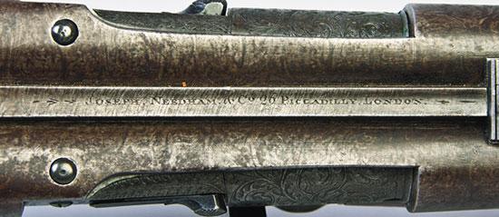 Мода писать на оружии не только имя мастера, но и его адрес началась с французских оружейников
