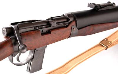 Вид на элементы управления De Lisle Commando Carbine